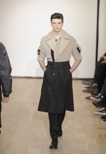 Raf Simons, Otoño-Invierno 2010/2011 en la Semana de la Moda de París I