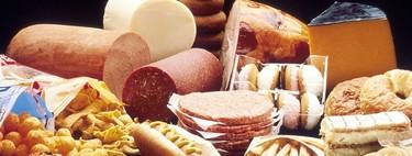 Los alimentos que debes evitar en tu dieta si quieres proteger la salud de tus huesos