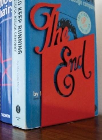 'The End', un sujeta libros muy apropiado