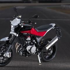 Foto 56 de 111 de la galería husqvarna-nuda-900-y-900r-datos-y-fotos-oficiales en Motorpasion Moto