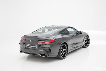BMW Serie 8 trasera