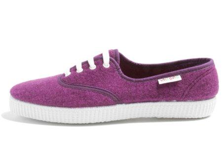 Las zapatillas Victoria siguen formando parte nuestra moda