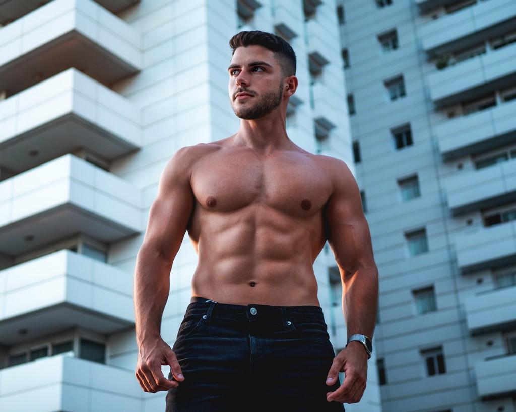 Empieza a trabajar tu zona media ahora para lucir abdominales el próximo verano