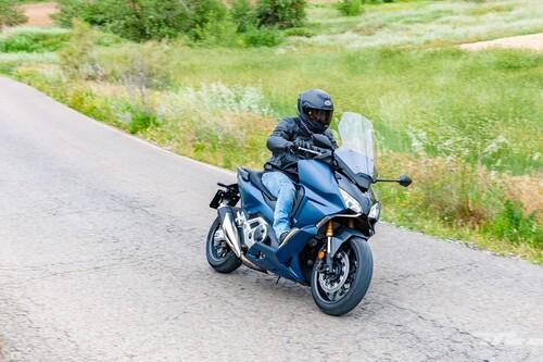Probamos el Honda Forza 750: una moto de largo alcance con 57 CV pero tan fácil y práctica como un scooter