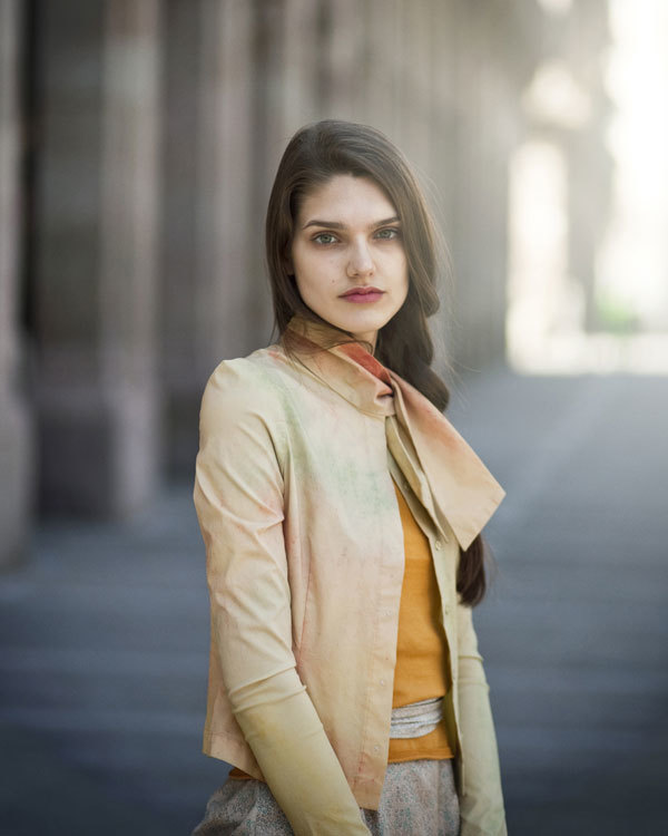 Cortana Primavera-Verano 2012: minimalismo misterioso