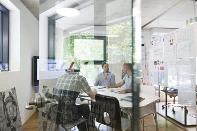 Watson de IBM quiere estar en tu próxima reunión en la oficina