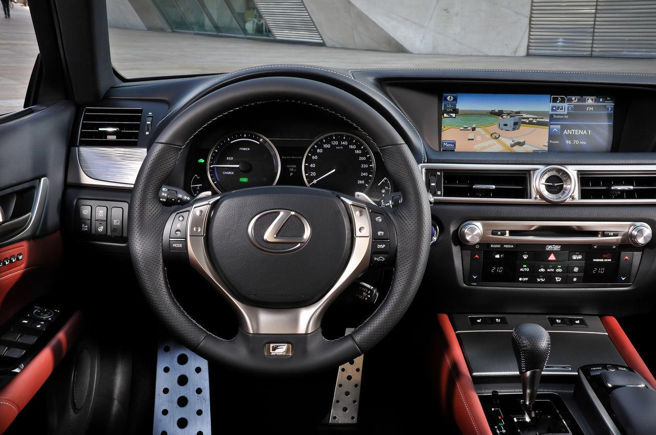 Foto de Lexus GS 450h F Sport (2012) (24/26)