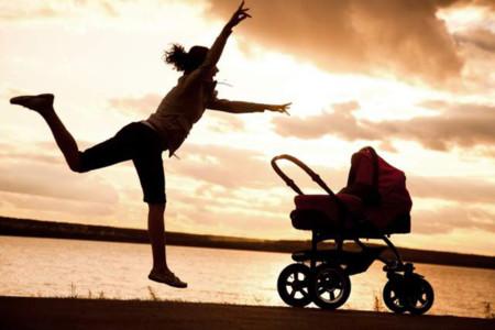 La carrera de ser madre (en GIFs)