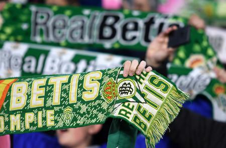 Le toca mesa electoral y alega que no podrá acudir por motivos religiosos por ser el Betis-Sevilla