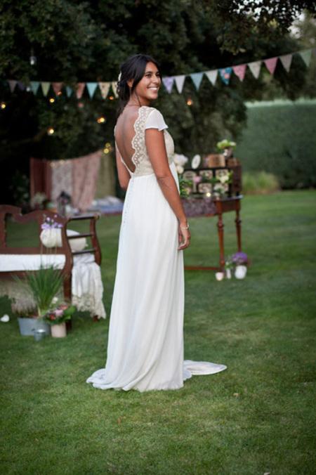 una novia vestida de low cost
