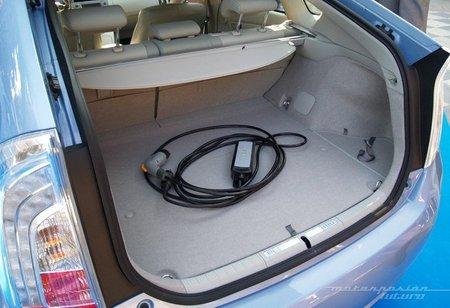 Toyota-Prius-Plug-in-MAD-05