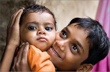 Estado Mundial de Madres 2009: la atención a los menores de cinco años