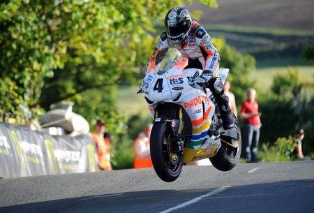 Ian Hutchinson Entrenos TT 2010