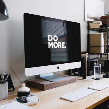 Éstos organizadores verticales te ayudarán a ahorrar espacio en tu escritorio cuando trabajes o estudies desde casa