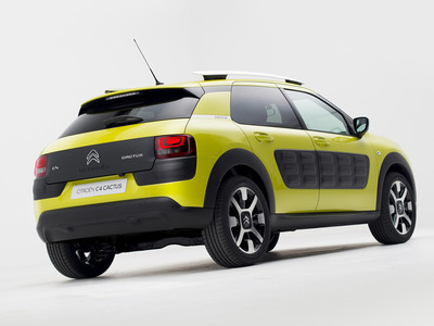 El Citroën C4 Cactus fulmina a sus competidores por el Coche del Año en España 2015