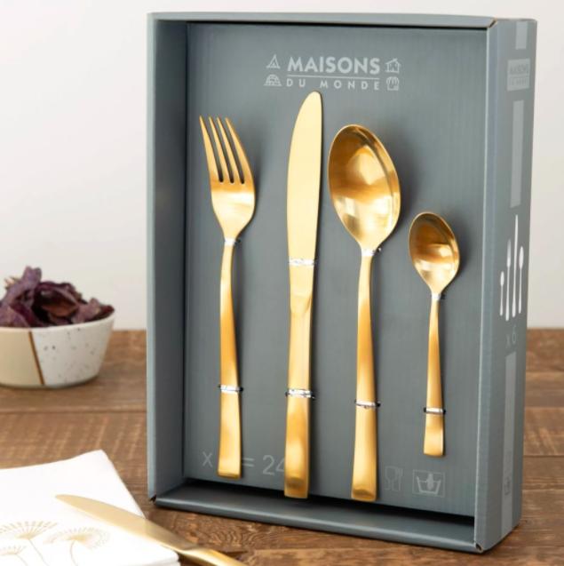 Caja de 24 cubiertos dorados
