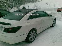 Mercedes-Benz Clase E Coupe, fotos espía casi al desnudo