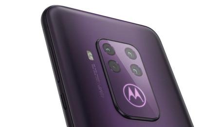 Motorola One Zoom 2