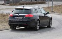 Opel Insignia Sports Tourer OPC, otro que se deja ver desnudo