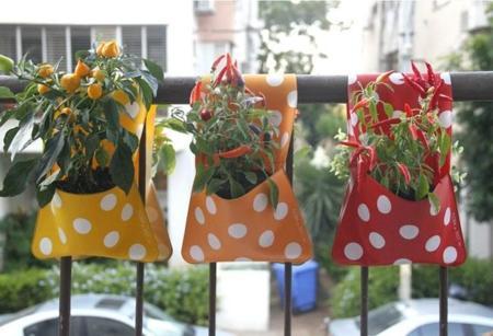Bolsillos de lunares multifunción para organizar tus plantas... entre otras cosas