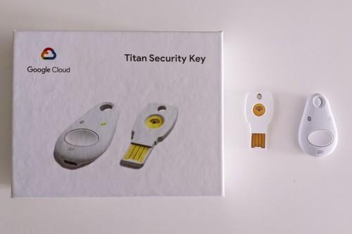 Google Titan Security Key, análisis: así de fácil es sustituir el doble factor numérico por una llave física de seguridad