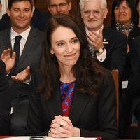 La primera ministra de Nueva Zelanda se convierte en madre, dándonos un ejemplo de liderazgo y maternidad