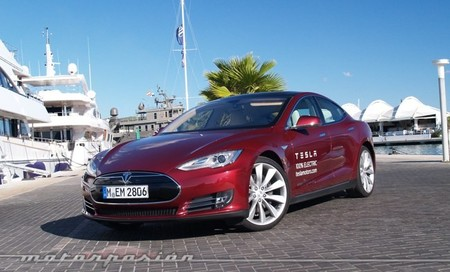 Tesla Model S, prueba en Ibiza (conducción, coste y alternativas)