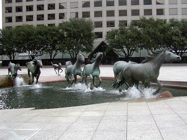 Estas maravillosas esculturas que hacen sentir que todo es posible gracias al arte