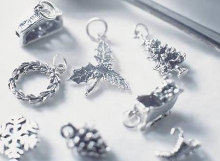 Colgantes de plata navideños... una brillante idea