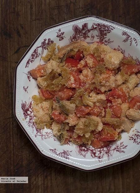 Ensalada de costras de pan y pescado seco: receta típica de Formentera