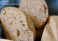 Pan de espelta y semillas de amapola