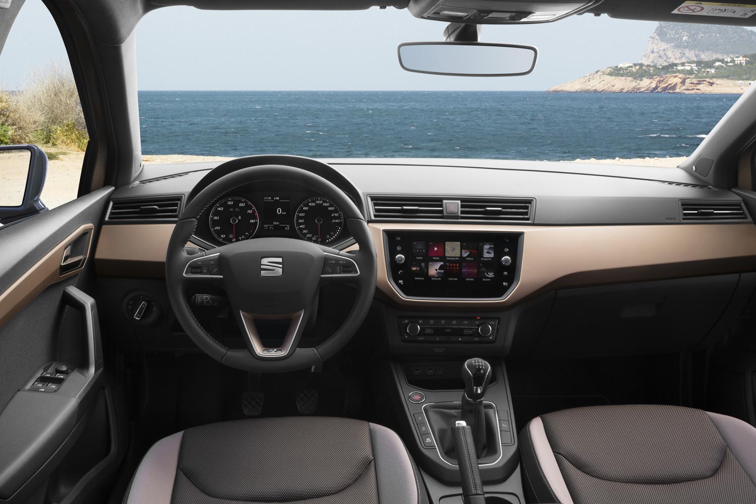 Foto de SEAT Ibiza (comparativa) (8/33)