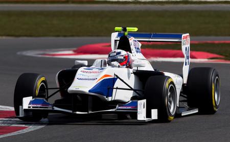 David Fumanelli es el más rápido en las pruebas de la GP3 y rebaja cinco segundos el mejor tiempo de 2012