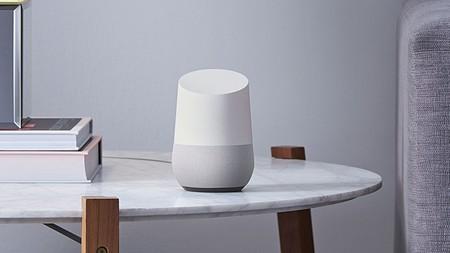 """Vuelve tu hogar """"inteligente"""" gracias al Google Home con Google Assistant, muy barato por los PcDays de PcComponentes: 59 euros"""