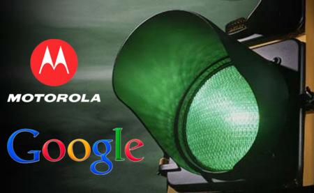 La UE da luz verde a la compra de Motorola por parte de Google