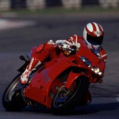 Foto 59 de 73 de la galería ducati-panigale-v4-25deg-anniversario-916 en Motorpasion Moto