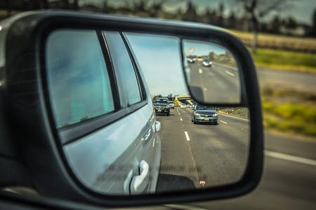 Los factores que hacen de un adelantamiento una maniobra segura