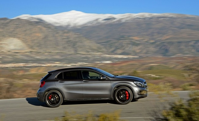 mercedes benz gla 45 amg desde euros en espa a. Black Bedroom Furniture Sets. Home Design Ideas