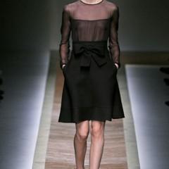 Foto 12 de 23 de la galería valentino-otono-invierno-20112012-en-la-semana-de-la-moda-de-paris-la-moda-esta-triste en Trendencias