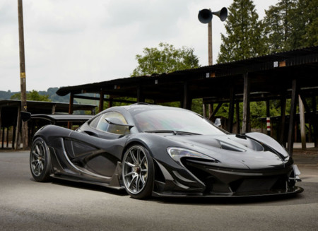 McLaren P1 LM: Cuando pones a dieta y le das más downforce al P1 GTR nace una leyenda