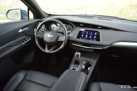 Cadillac Xt4 8