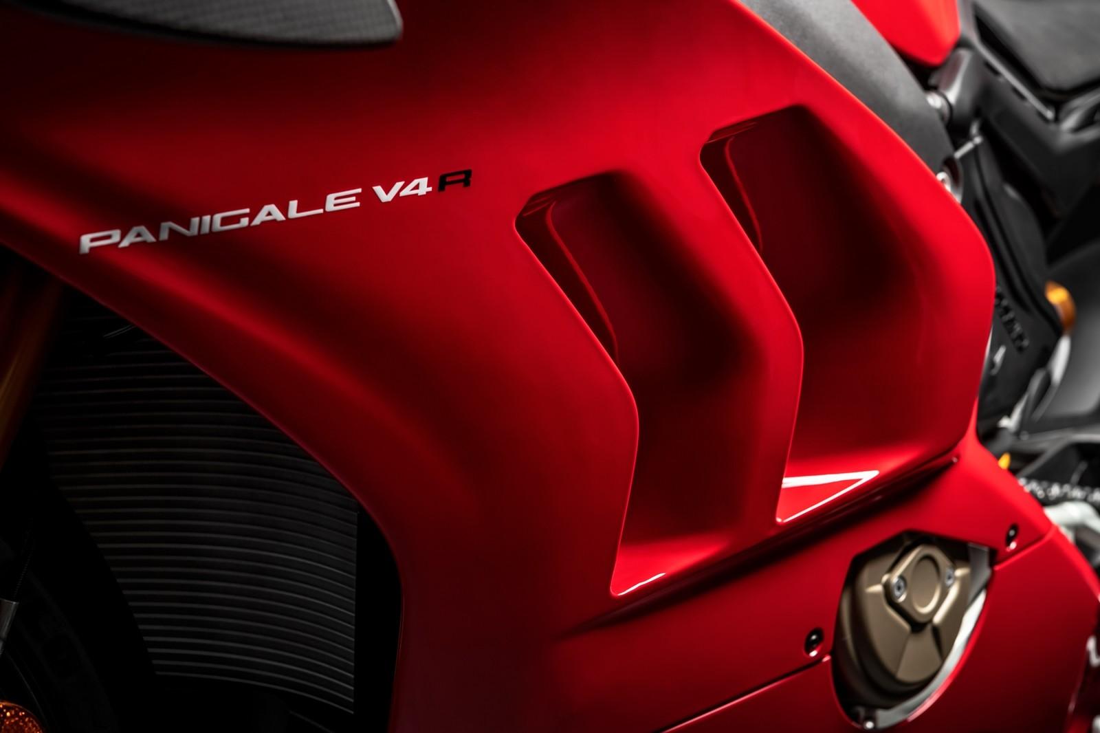 Foto de Ducati Panigale V4 R 2019 (66/87)