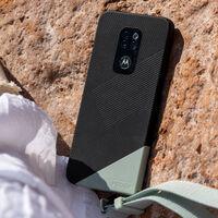 """El nuevo Motorola Defy llega a España: precio y disponibilidad oficiales del móvil """"rugerizado"""" de Motorola"""