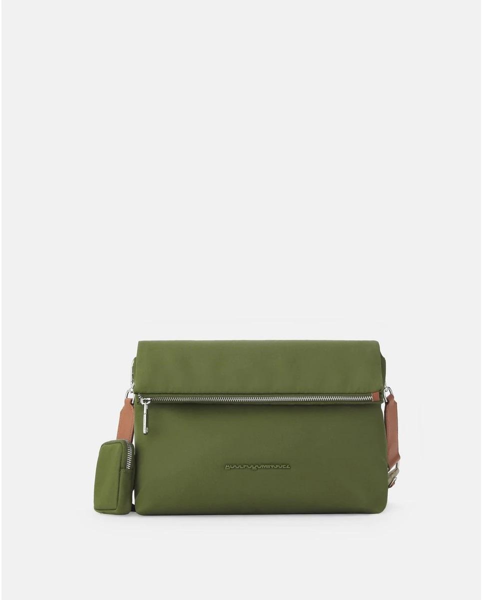 Bandolera con solapa y bolsillo añadido en verde khaki de Adolfo Dominguez