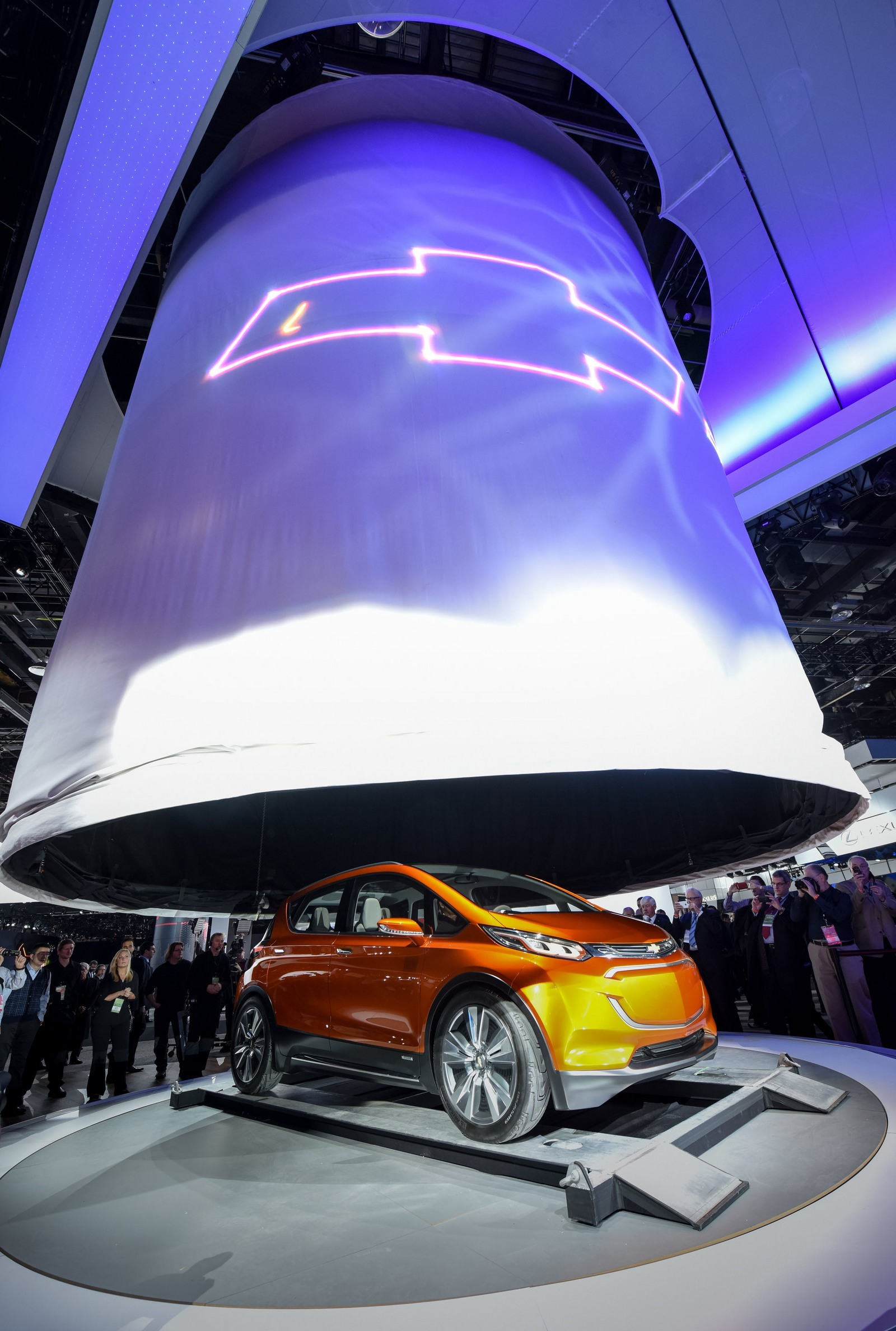 Foto de Chevrolet Bolt (4/12)