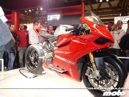 Ducati 1199 Panigale llamada a revisión por un tornillo de la suspensión