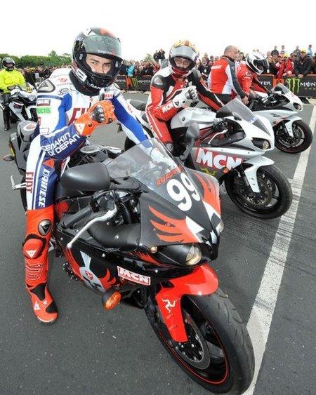 Jorge Lorenzo y Angel Nieto Salida TT 2010