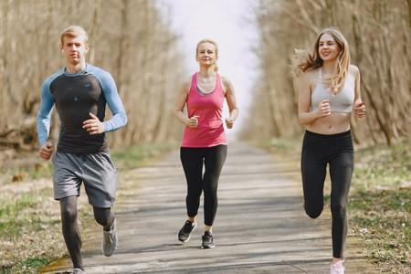 Chollos en tallas sueltas de ropa deportiva para hombre Nike, Umbro o Under Armour en Amazon por menos de 30 euros