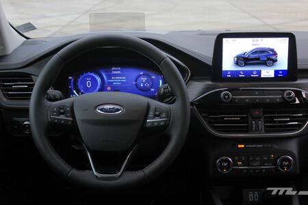 Ford Kuga Fhev 2021 volante