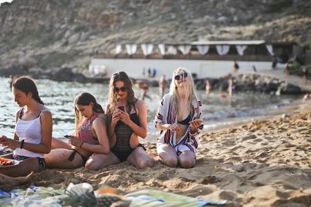 Beach Blurred Background Cellphones 2797332